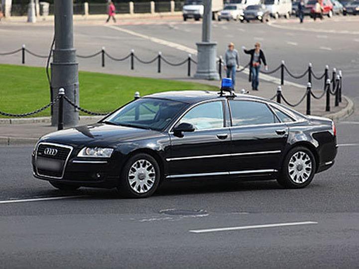Эксперт объяснил тягу чеченских властей к люксовым автомобилям особенностями менталитета