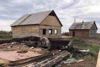 В Хакасии разгромили и ограбили цыганский поселок