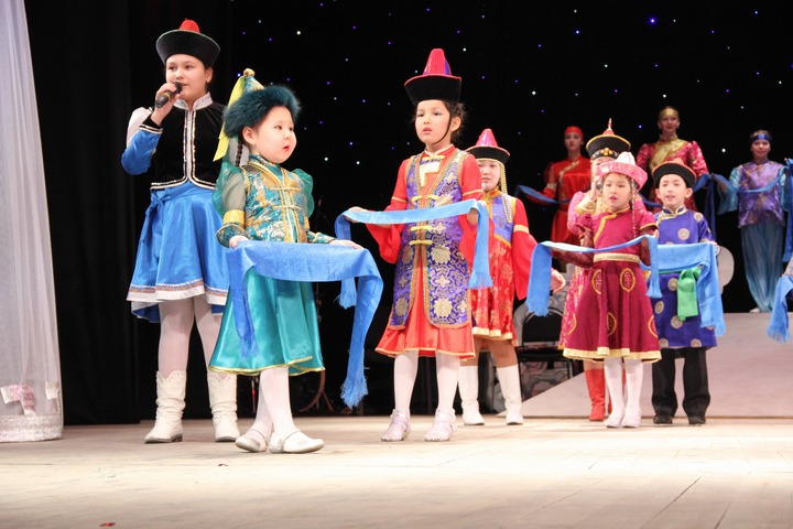 В Чите Сагаалган отметили многонациональным ёхром