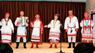 """В Калуге провели праздник народной песни """"Родные напевы"""""""