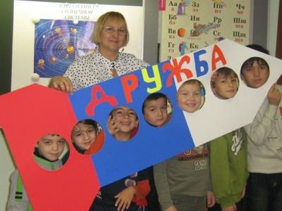 ФМС привлекла к своей работе школьников