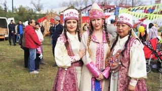 Открытки с национальном колоритом разработают в Хакасии