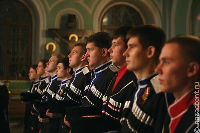 Ставропольские полицейские поблагодарили юных казаков за спасение девушки