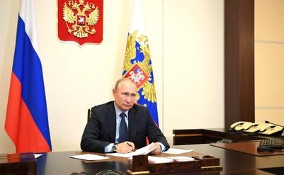 Владимир Путин объявил о выделении дополнительных грантов для НКО, которые борются с коронавирусом и его последствиями