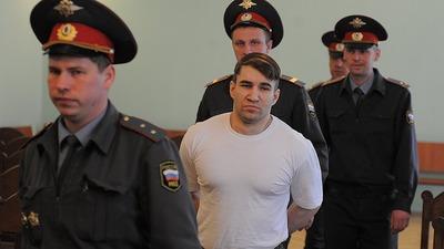 Жителя Санкт-Петербурга осудили за два убийства по мотивам национальной ненависти
