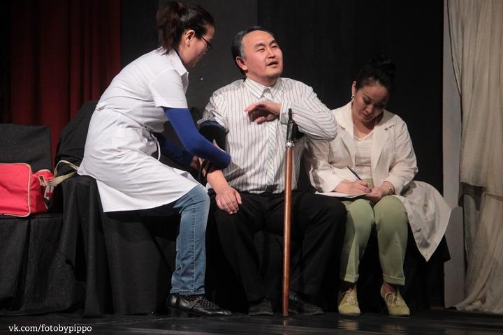 День калмыцкой поэзии отметили премьерой спектакля