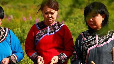 На Сахалине выпустили две методички по обучению языкам нивхов и уйльта