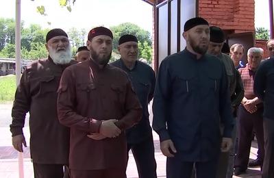 Из Чечни приехали в Северную Осетию извиняться за земляка-убийцу