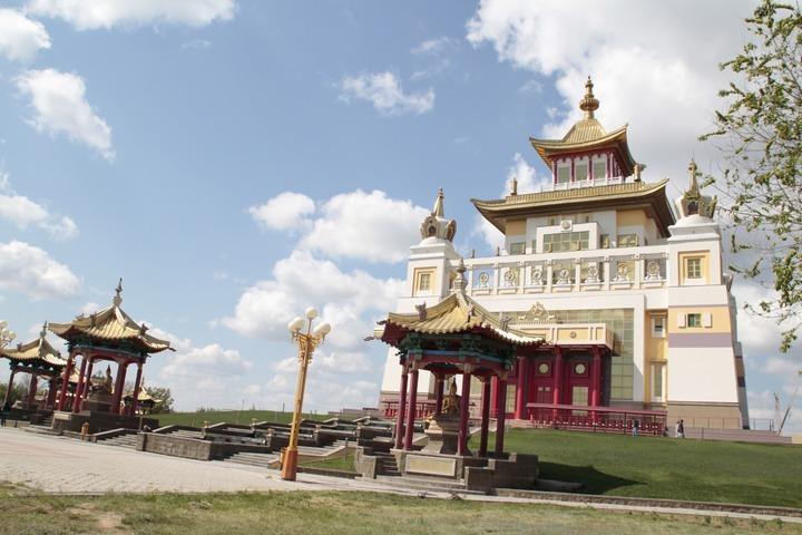 Буддисты России просят учитывать их мнение при принятии закона об аттестации духовенства
