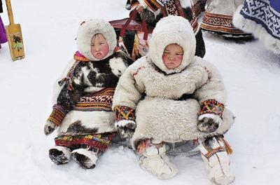 Комитет Госдумы одобрил закон, разрешающий кочевникам усыновлять детей