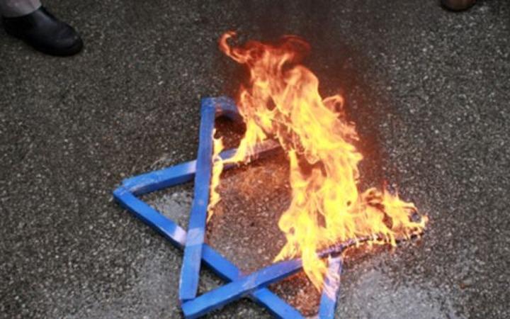 ФЕОР: В России растет уровень антисемитизма среди мусульман, чиновников и членов партий ЛДПР и КПРФ