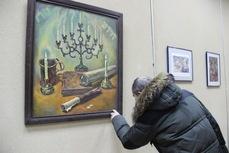"""В Биробиджане открылась художественная выставка """"Еврейские мотивы"""""""