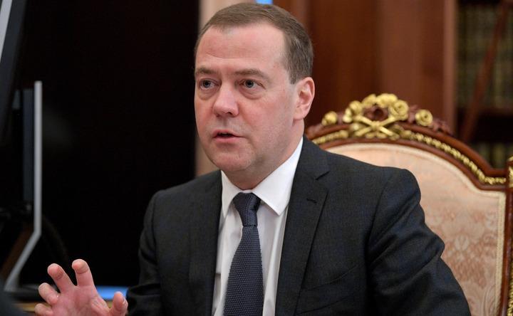 Медведев утвердил план реализации Концепции миграционной политики