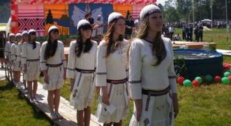 В Татарстане отпраздновали  Гырон быдтон и выбрали удмуртскую красавицу
