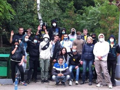 В Саратове на несанкционированном сходе поддержали русских участников недавнего конфликта