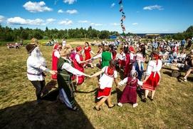 Летний вепсский праздник Kalarand отметили в Карелии