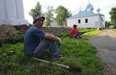 РПЦ откроет при храмах диаспоральные центры для мигрантов