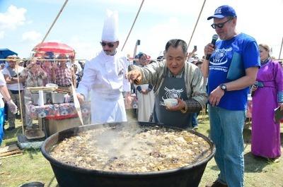 Тувинский национальный суп попал в Книгу рекордов Гиннесса