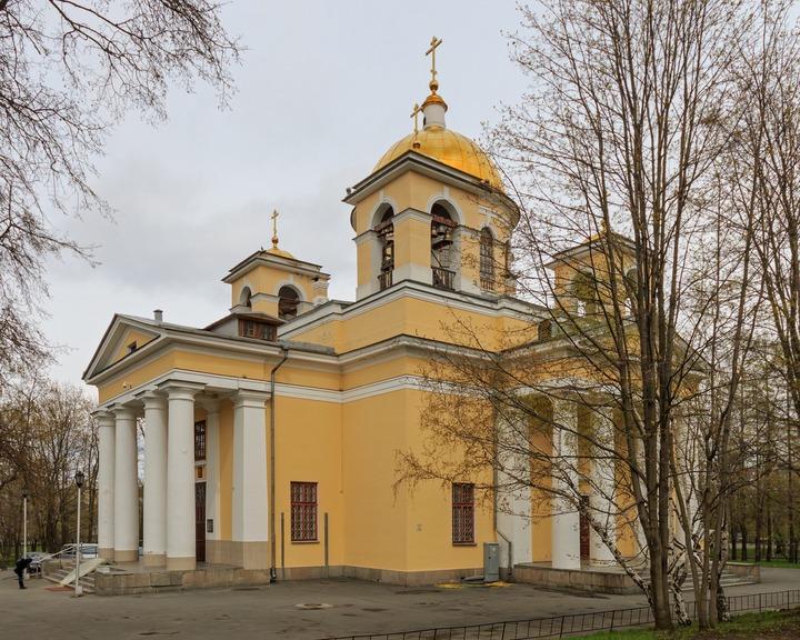 В главном храме Петрозаводска будут бить в колокола четырежды в день из-за коронавируса