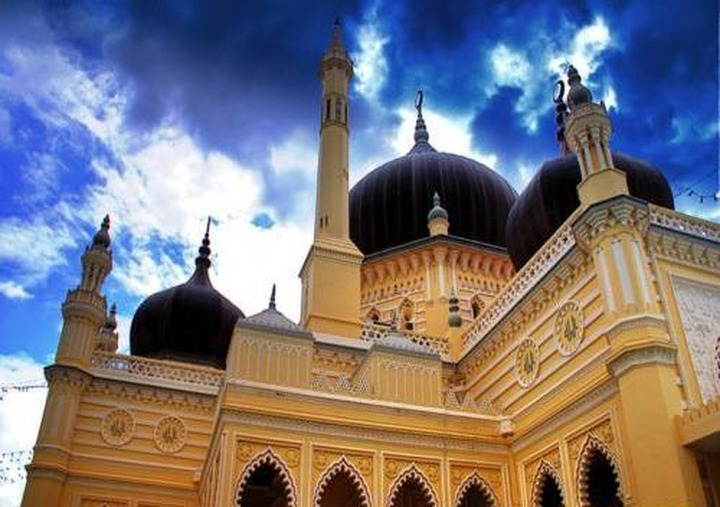 Мечеть в Балакове закидали бутылками с зажигательной смесью