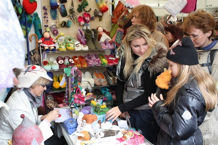 В Москве на ВВЦ открылся международный фестиваль ремесел