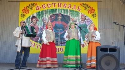 """Фестиваль национальных культур """"Саратовские бабушки"""""""