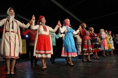 """Фольклорный фестиваль """"Золотые родники"""" соберет под Псковом более 300 участников"""