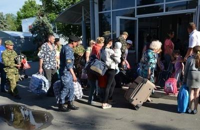 ФМС: В России больше 906 тысяч жителей юго-востока Украины