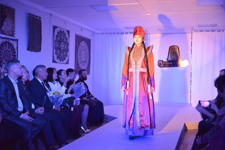 Лучшие модные этнокостюмы выберут в Республике Алтай