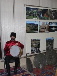 Международный день родных языков отметили песнями на лакском языке в Дагестане [ФОТО]