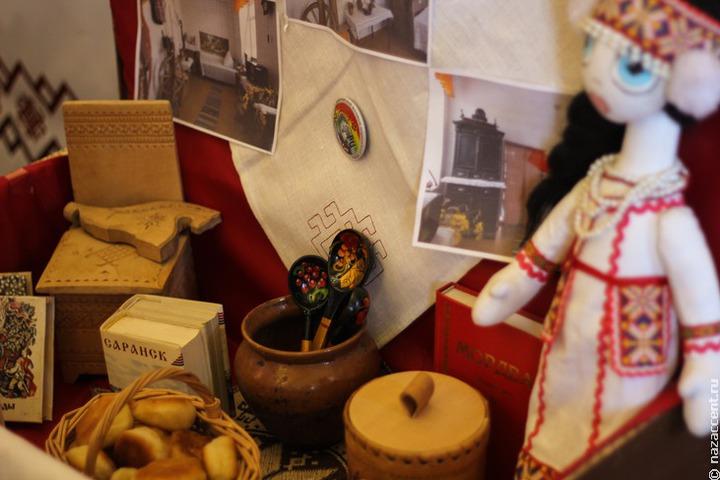 Сложности продажи изделий народных промыслов обсудили на круглом столе в Саранске