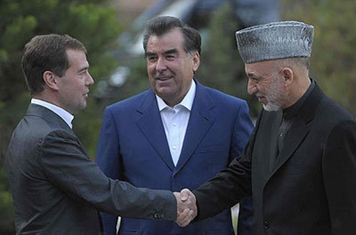 Эмомали Рахмон: В России проживает миллион таджикских мигрантов