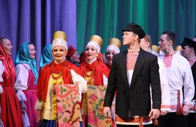 Северный хор показал в Северодвинске постановку с фрагментом пинежского обряда
