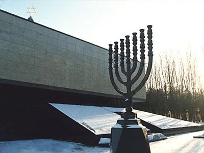 РЕК завершит Хануку благотворительным казино в мемориальной синагоге