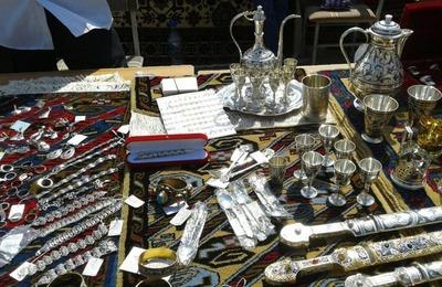 Плэнером и праздником канатоходцев отметили День единства народов Дагестана