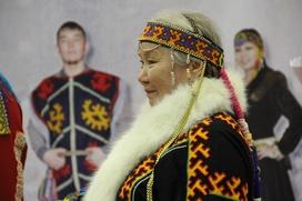 Москвичей накормили соленой рыбой и познакомили с модой коренных жителей Севера