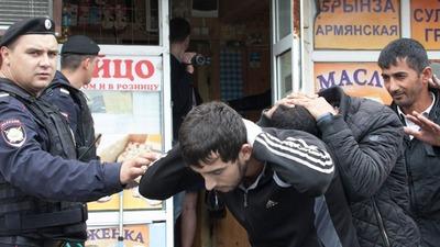 В 2015 году количество депортированных из России мигрантов сократилось