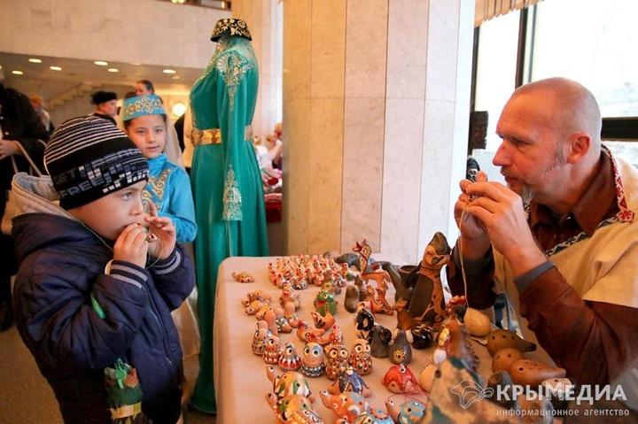 В Симферополе отпраздновали День толерантности