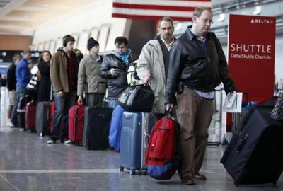 Социолог: Эмиграция россиян перестала быть этнической