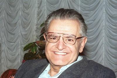 Критик: Фазиль Искандер из глубины абхазского народа стал одним из лучших русских писателей