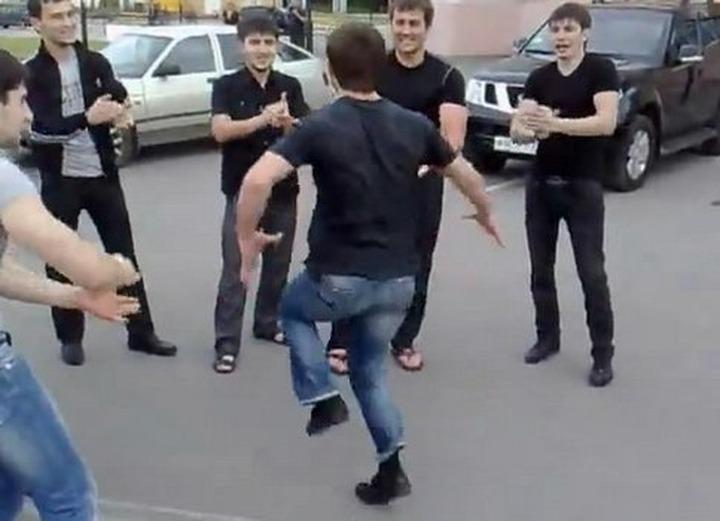 В Кисловодске полиция задержала 18 танцоров лезгинки
