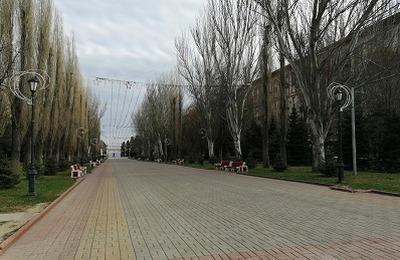 #опустевшие улицы: как выглядят города России в первые дни самоизоляции