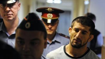 Мирзаеву продлили срок содержания под стражей в отсутствие его адвоката