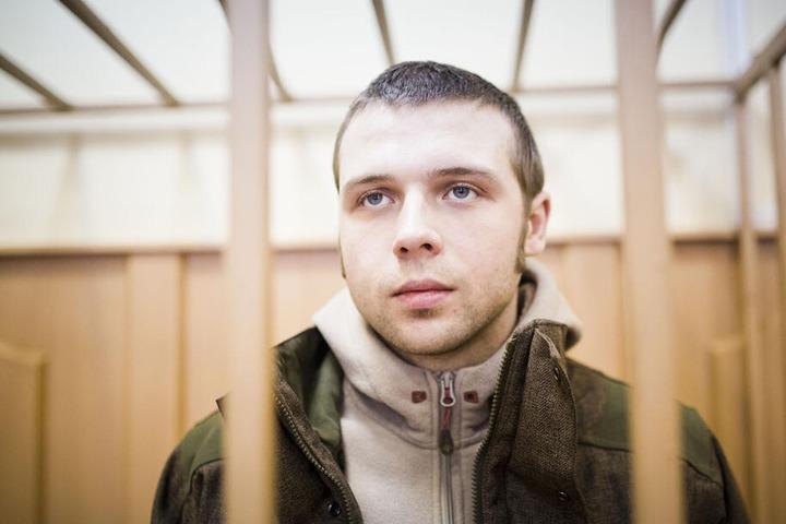 """Суд отклонил все жалобы обвиняемого по """"Болотному делу"""" члена НДП Ильи Гущина на действия следствия"""