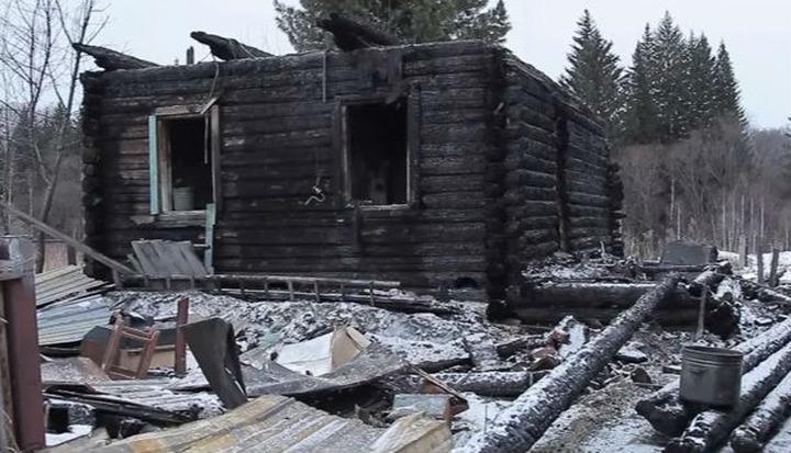 """Жители сгоревшего шорского поселка готовят """"доску позора"""" для причастных к его уничтожению"""