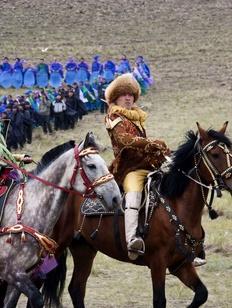 В Абакане презентовали книгу о истории хакасского народа