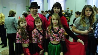 """Фестиваль """"Венок дружбы"""" стал для жителей Ревды путевкой в боулинг"""