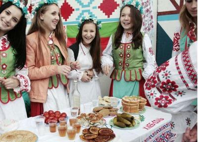 Минрегион планирует вернуть в Крым 20 тысяч представителей депортированных народов