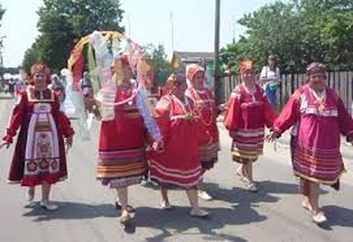 """В Брянской области провели фестиваль """"Ржаницкий танок"""""""