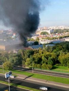 В пожаре на складе в Москве погибли 14 мигрантов
